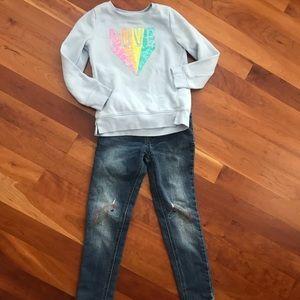 Flippy Sweatshirt and Unicorn Jeans